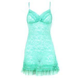VICTORIA'S SECRET Green Ruffle Sheer Lace Slip M